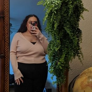 Cropped Sweater surplice top